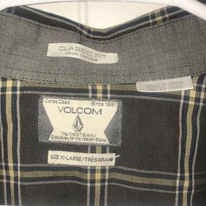 Volcom Shirts - Men's Volcom Button Down Shirt